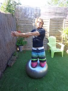 exercices pour améliorer son surf swiss ball 2