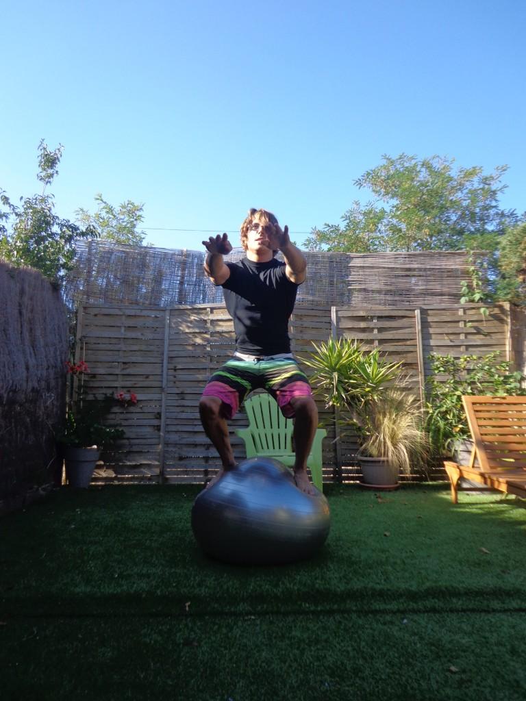 exercices pour améliorer son surf swiss ball 1