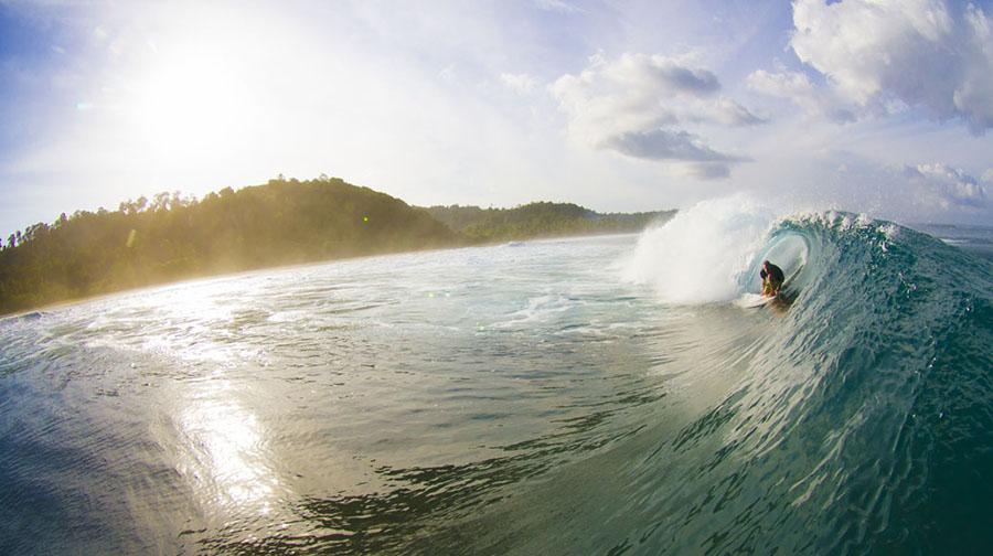 boat trip mentawai