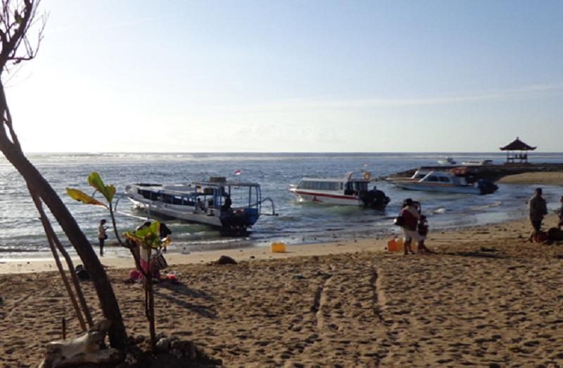 Bali Sanur boat beach