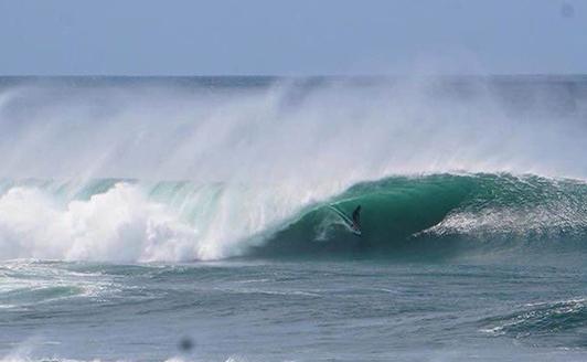 Nicaragua surf outside reef popoyo