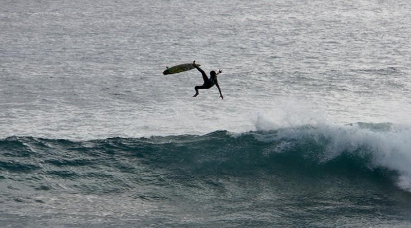 aerial surf hanga roa