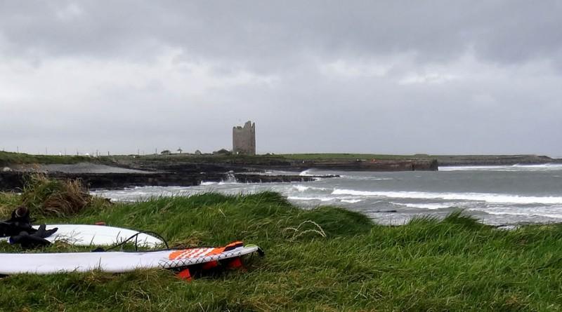 Irlande Easky right surf trip castel