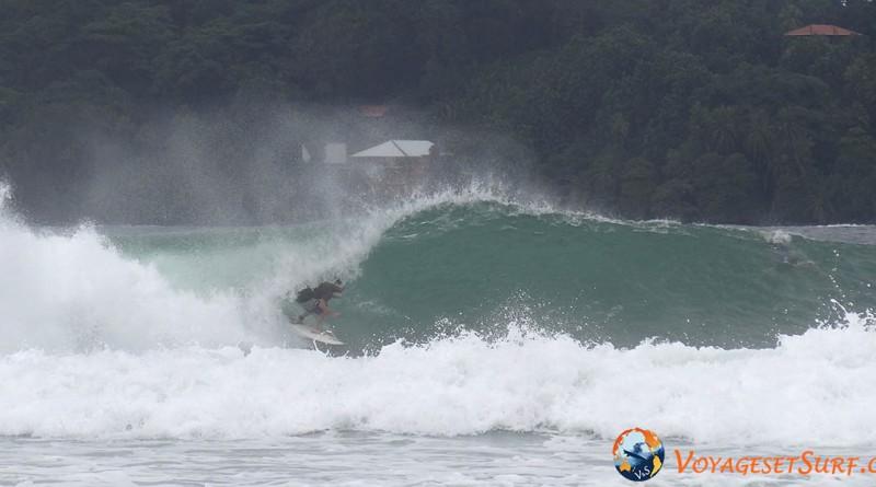 Panama surf trip Bocas del Toro tube carenero